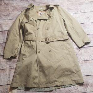 Misty Harbor 42 R tan trench coat